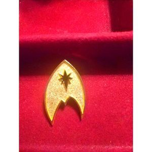 Old~Unique Rare pin~Gold/ Blue Star